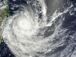 Alerte cyclonique sur La Réunion Pléiades